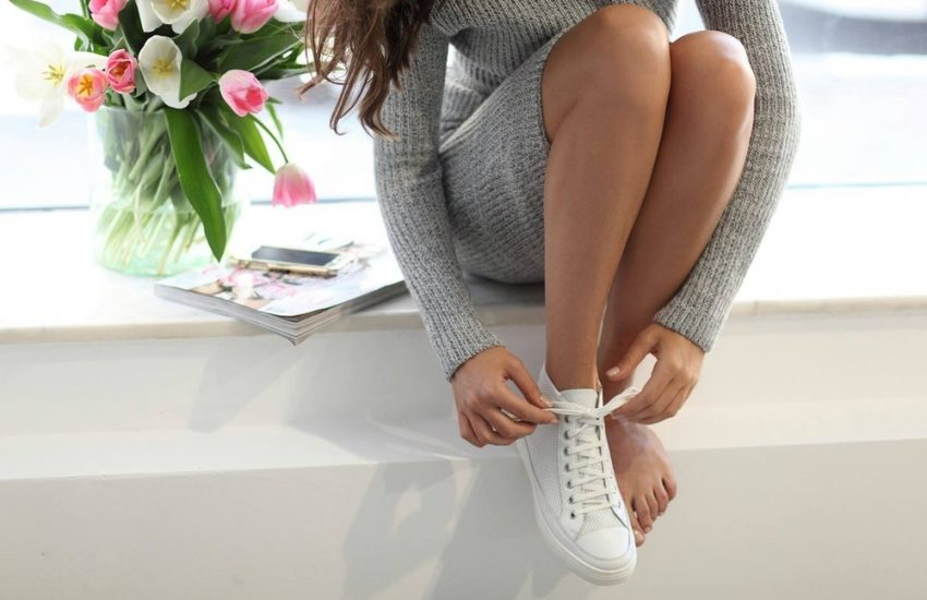 Quels chaussures pour une robe pull ?